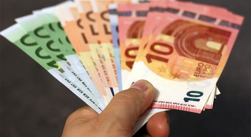 euro - 6 Importantes Tips a Tomar en Cuenta Para Viajar por Europa
