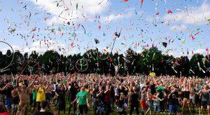 festival 300x164 - festival